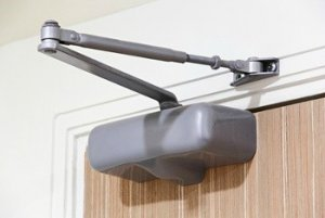 plano-locksmith-pros-automatic-door-closers-installation